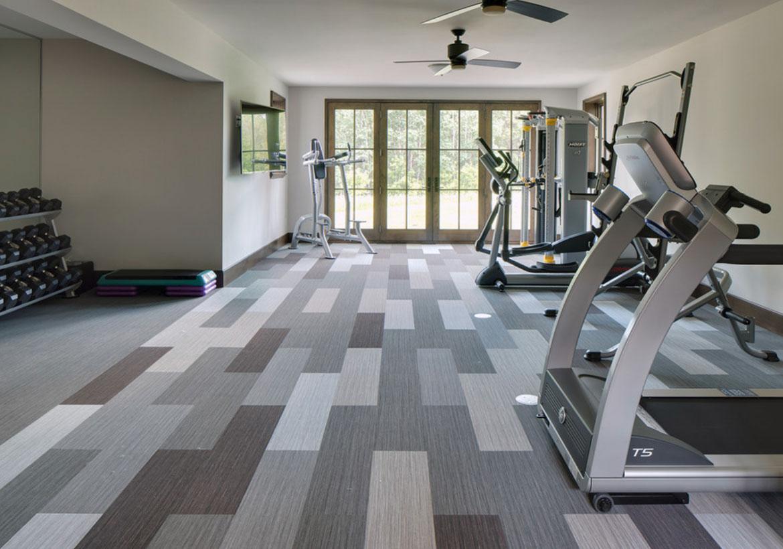 Bạn nên sử dụng loại sàn nào để lắp đặt ở phòng gym trong nhà