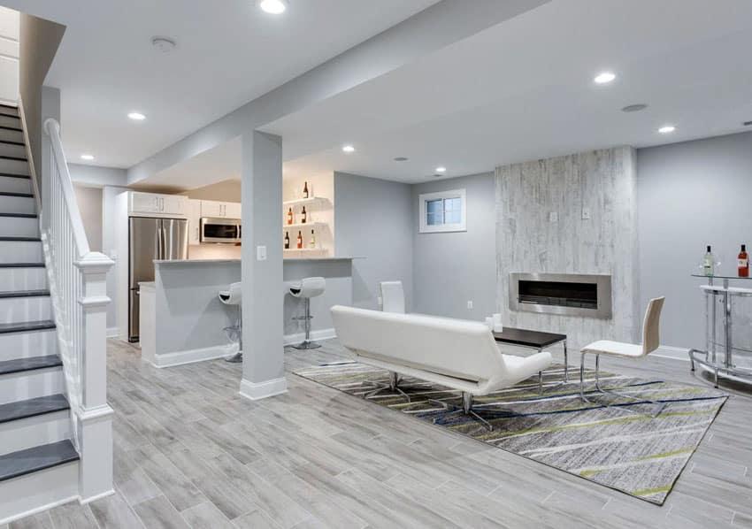 Cải tạo tầng hầm nhà bạn bằng cách lắp đặt các loại sàn chuyên dụng.